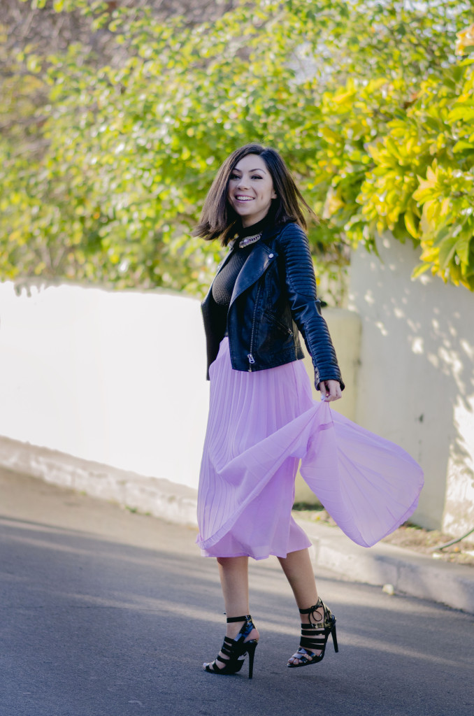 Style with Nihan wearing romantic Asos pleated pink maxi skirt, black top, black Topshop high heels and Topshop leather jacket | Pink Valentine