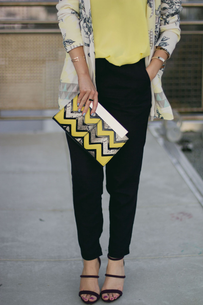 Stylist Nihan wearing Asos geometric printed blazer, Asos printed clutch, Topshop trousers and Forever 21 high heels