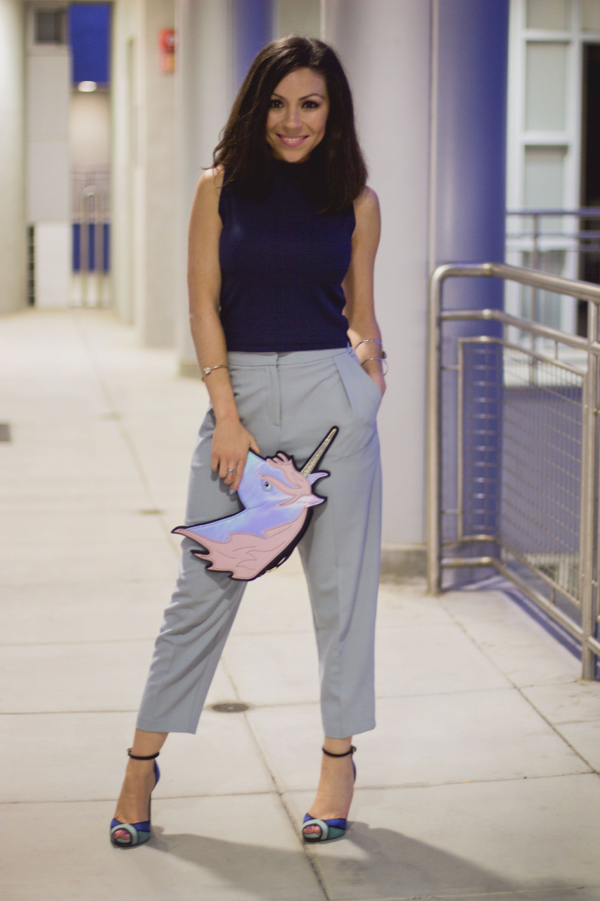 How to style culottes and unicorn clutch