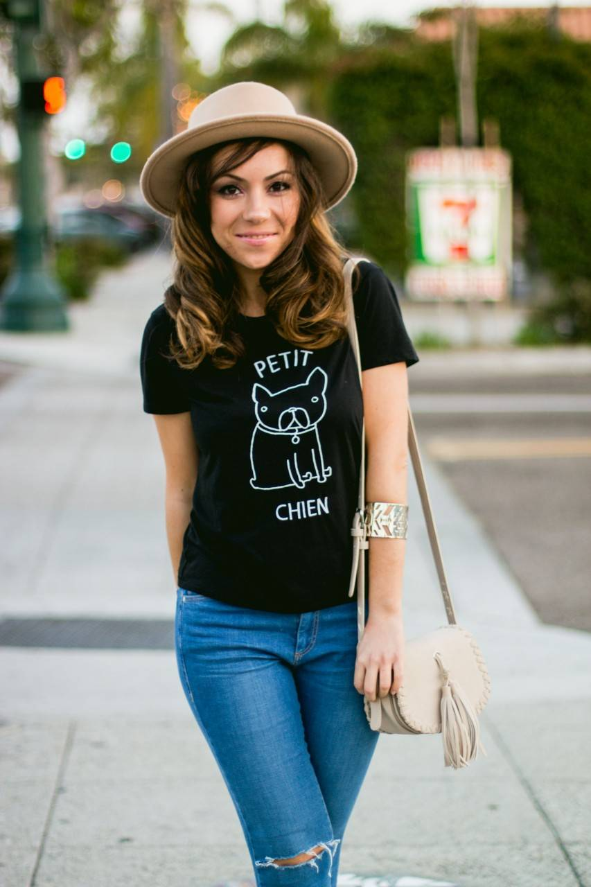 Style fashion blogger brunette San Diego - denim and nude
