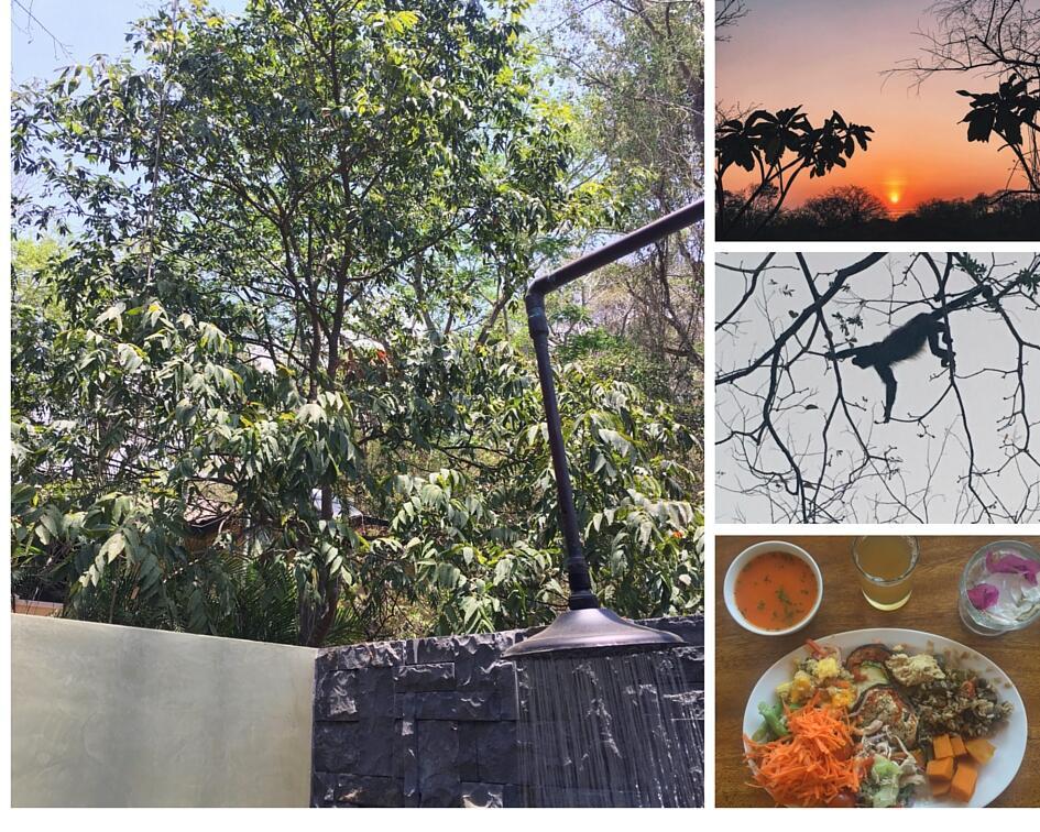 Outdoor showers in Bodhi Tree Resort in Nosara
