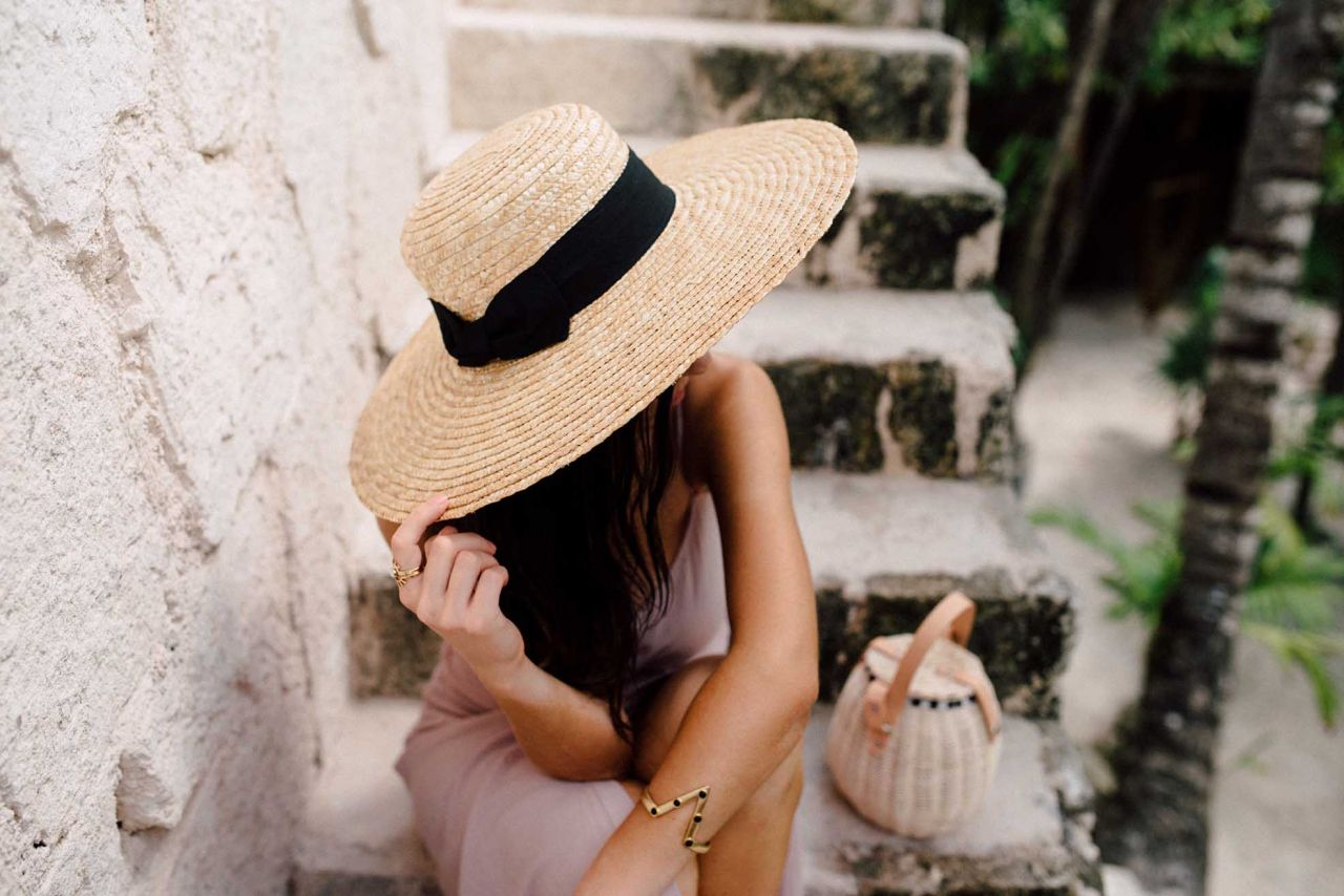 Summer 2017 trends: Straw wide trim boater hat