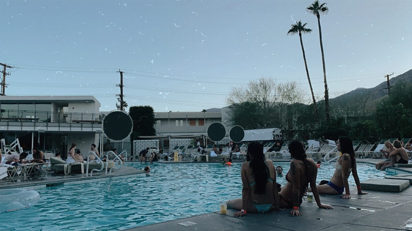 Ace Hotel Palm Springs Retro Pool