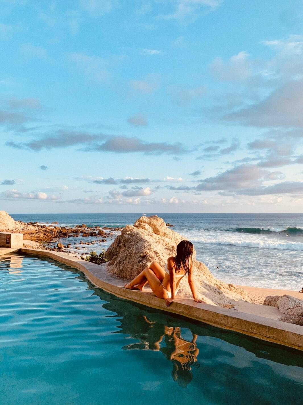 Cape Thompson Cabo Saltwater Pool