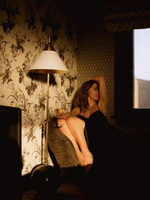 San Francisco Proper design hotel Travel writer Nihan Gorkem room photoshoot at golden hour